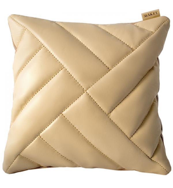 Чехол для подушки с наполнителем. Цвет молочный. Арт. 100-07-02