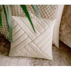 Чехол для подушки с наполнителем. Цвет молочный. Арт. 100-07-01